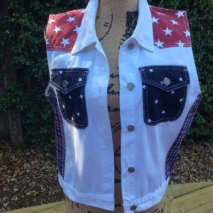 Patriotic sleeveless vest